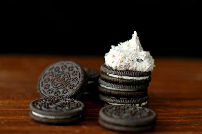 Oreo Cookies n' Cream Buttercream Icing