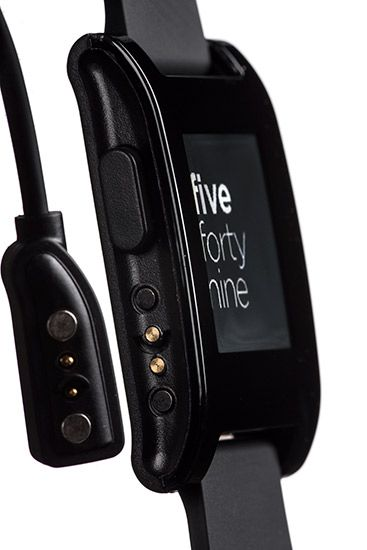 Pebble Smartwatch | A smart-looking device with a 1.26-inch  display that provides wireless notifications of events on your smartphone (iOS or Android).
