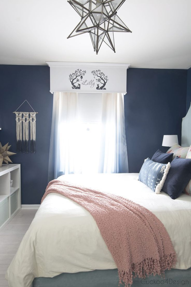 dark blue teenage girl room with ombre curtains and Moravian star pendant #teena…