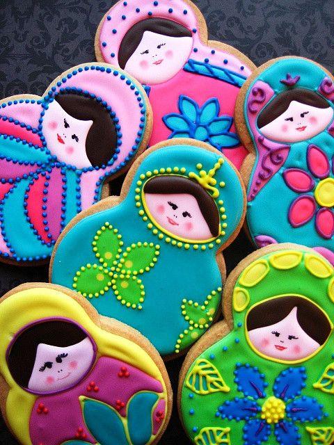 Babushka cookies for the Olympics in Sochi, Russia! So cute.