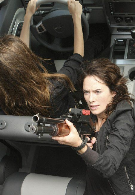 Lena Headey in Terminator: Les chroniques de Sarah Connor (2008)