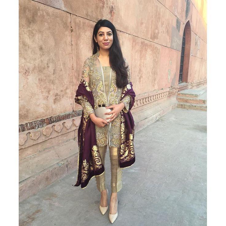 Pakistani Off-Gold Dress w/Colored Burgundy Dupatta | Class & Elegant | By Saira Rizwan | Insta Pic