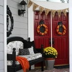 Fright fest or full of friendly ghosts, your decorated entryway could be featured on the Houzz homepage