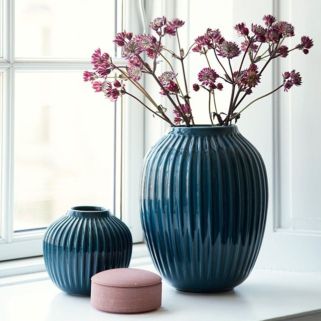The stunning petrol Hammershøi vase from Kähler is created in a sharp, strict and simple design that gives the unique vase a modern and stylish look.