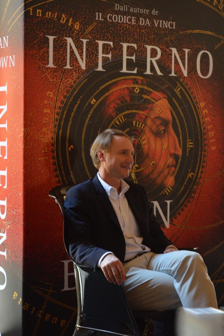 Γνωρίζεις πραγματικά έναν συγγραφέα, μόνο όταν ακούς τον ίδιο να μιλάει για το έργο του! #5 ~ #INFERNO 5/6/2013