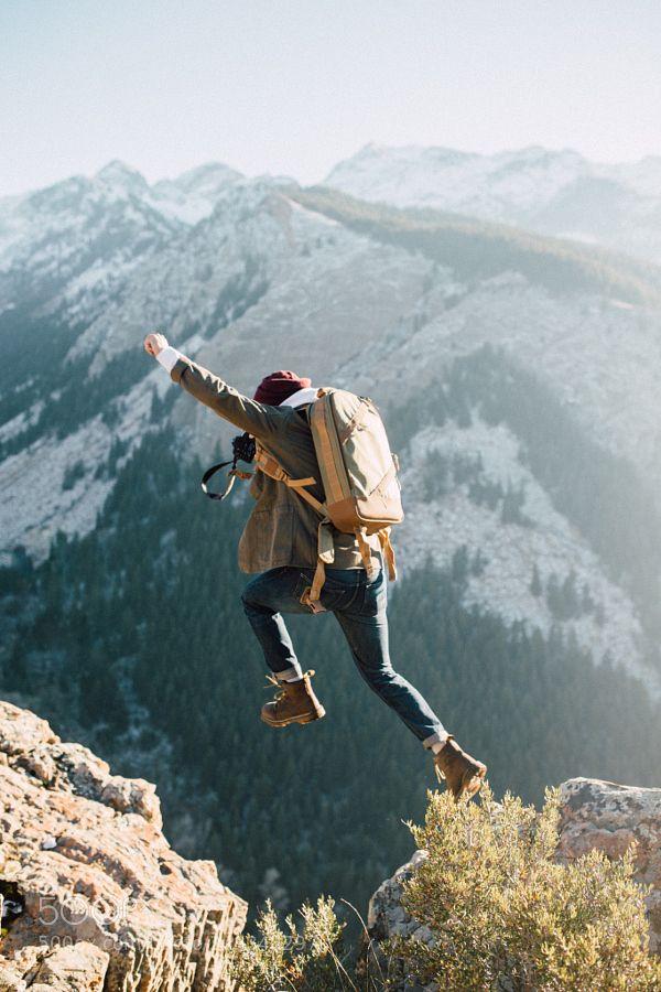 Mi visión: soy amante de la aventura y del cambio, por eso me gustaría conseguir un trabajo en el extranjero y vivir en otro país.