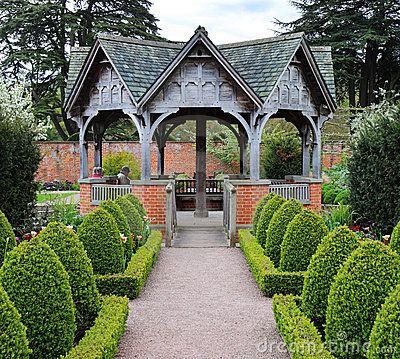 33 best images about gardens formal european on pinterest for Formal english garden designs
