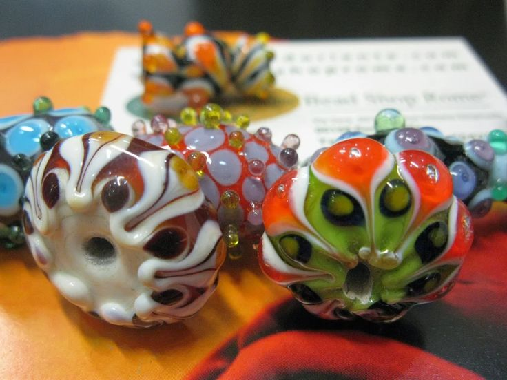 Photo: http://www.beadshopitaly.com/hand-craft-beads-products-rome-italy/