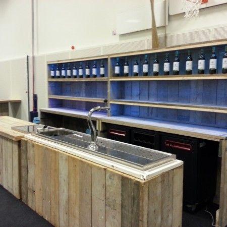 Bar set in neutraal steigerhout