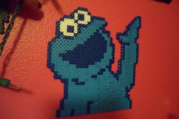 Cookie Monster perler beads by Adespota