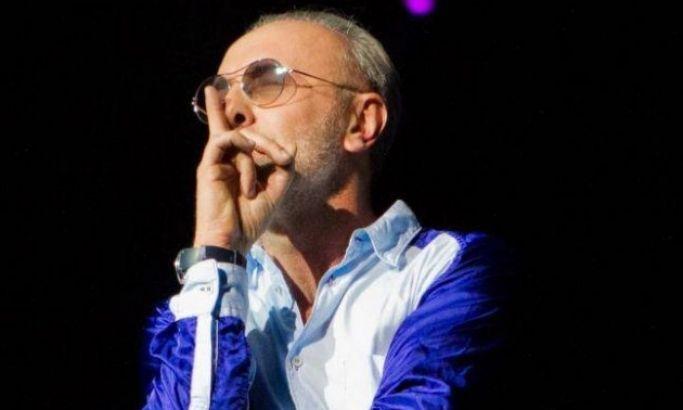 """Dino Merlin in concert - Belgrade Arena - """"Da sutis"""" (""""Listen"""")"""