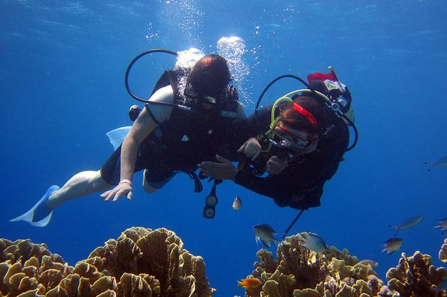 While there will certainly be little changes from time to time and place to place, calculating your dive weight is easy -- learn now here! http://aquaviews.net/scuba-guides/calculate-dive-weight/