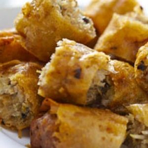 Uno de los platos estrella de la cocina vietnamita son los nems, un rollo de cerdo picado, pero uno siempre puede darle el relleno que desee.