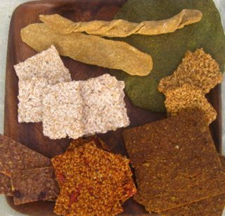 Raw dehydrator recipes for breads, crackers, cookies, and snacks.