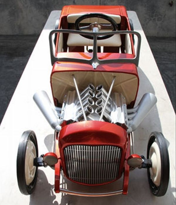 Hot Rod pedal powered cars to be auctioned for celebrating birthday of 32 Ford u0027Deuceu0027 & 146 best Pedal Power images on Pinterest | Pedal cars Radio flyer ... markmcfarlin.com