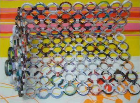 Reciclagem artesanal Como fazer uma cesta com revistas velhas? - Papel - Arte Reciclada