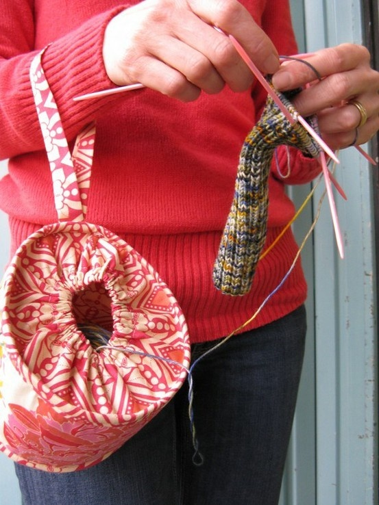 clever idea for a yarn tote