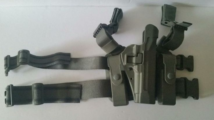 Previously owned.<br/><br/>BLACKHAWK DROP LEG HOLSTER WITH MAG HOLDERS. 92FS/M9 BERETTA. Right hand. | eBay!