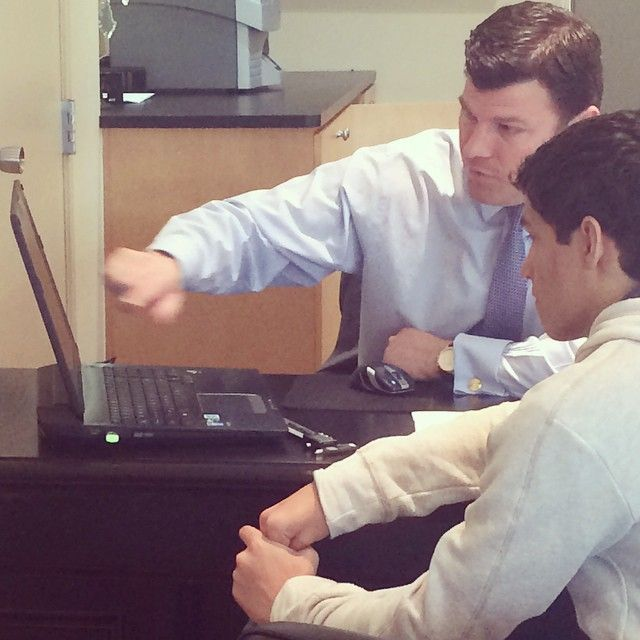 Our student internship with Shelton School begins today. First things first, learning about CAD software and converting our intern's design. #pampilloniajewelers #beginyourstory #joinourstory
