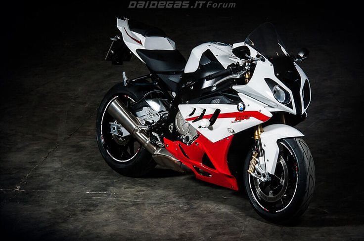 Bmw S1000rr For Sale >> Subtle custom red and black BMW S1000RR | BMW S1000RR | Pinterest | BMW, Red and Black