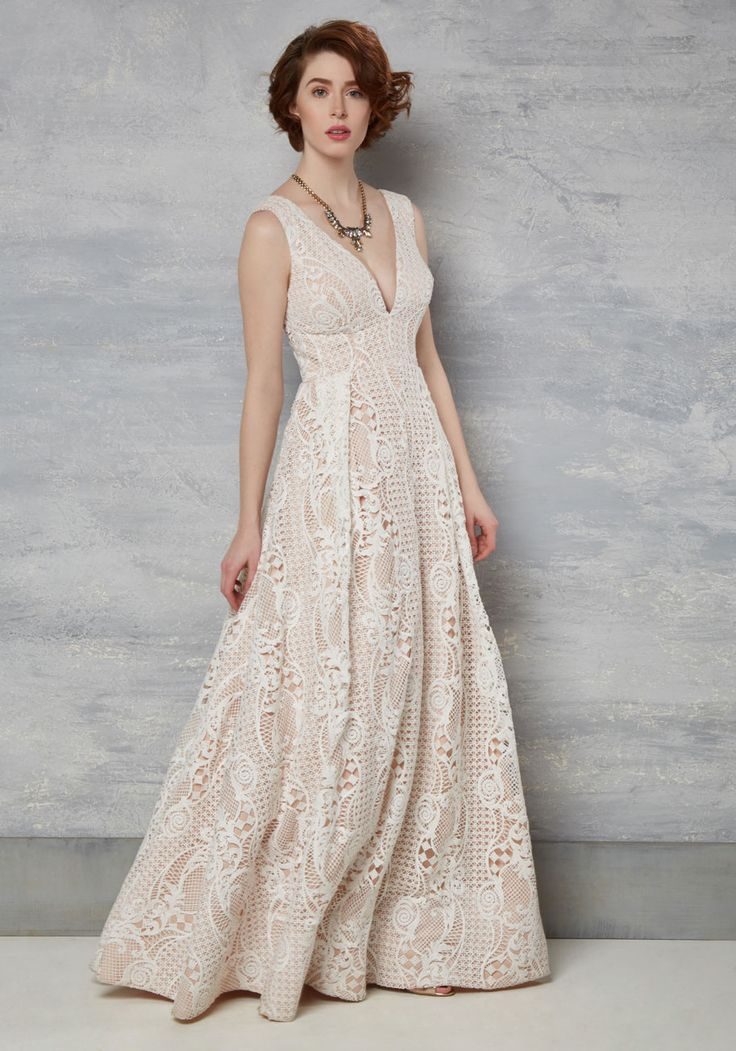 This is a very simply lovely dress