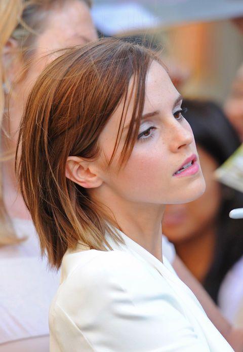 Con l'ultimo colpo di bacchetta Emma Watson ha dato un taglio ai suoi capelli. Il magico risultato? Un bob davvero supertrendy. Abbiamo fatto un salto indietro per raccogliere tutte le acconciature più cool sfoggiate sui red carpet. Qual è la tua preferita?
