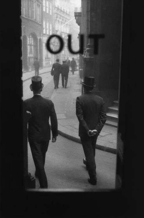 Sergio Larrain: The City. London 1959