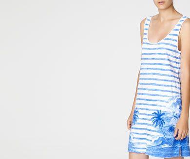 Beachwear - OYSHO Vestido rayas y palmeras 17.99 euros