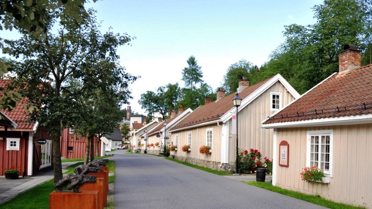 Verksgata, Bærums Verk, Norway - Arts and crafts in lovely, historic surroundings!