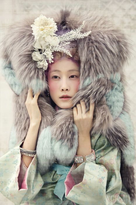 Vogue Korea - Jan, 2014 Pastel Toned Fur - Elfee Crystal 소매 저고리 - 한복린 (Lynn) 꽃무늬 양단 대금형 상의 - 차이 김영진 (Tchai Kim Young Jin) Crystal, Pearl Bangles - Chanel