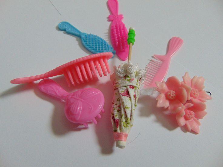 hřebínky pro panenky
