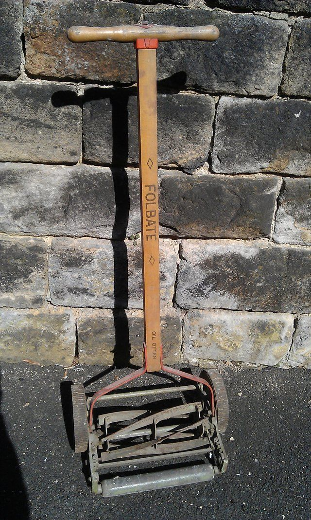 second hand tools and equipment for sale UK and Ireland. 1000  images about Old Garden Tools on Pinterest   Gardens