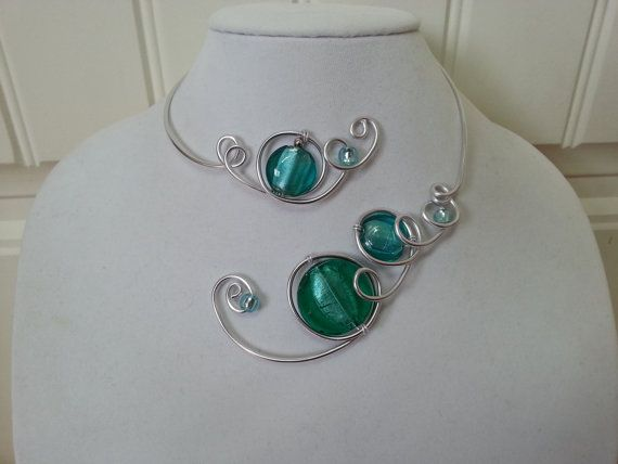 Long asymmetric necklace  Purple modern par LesBijouxLibellule