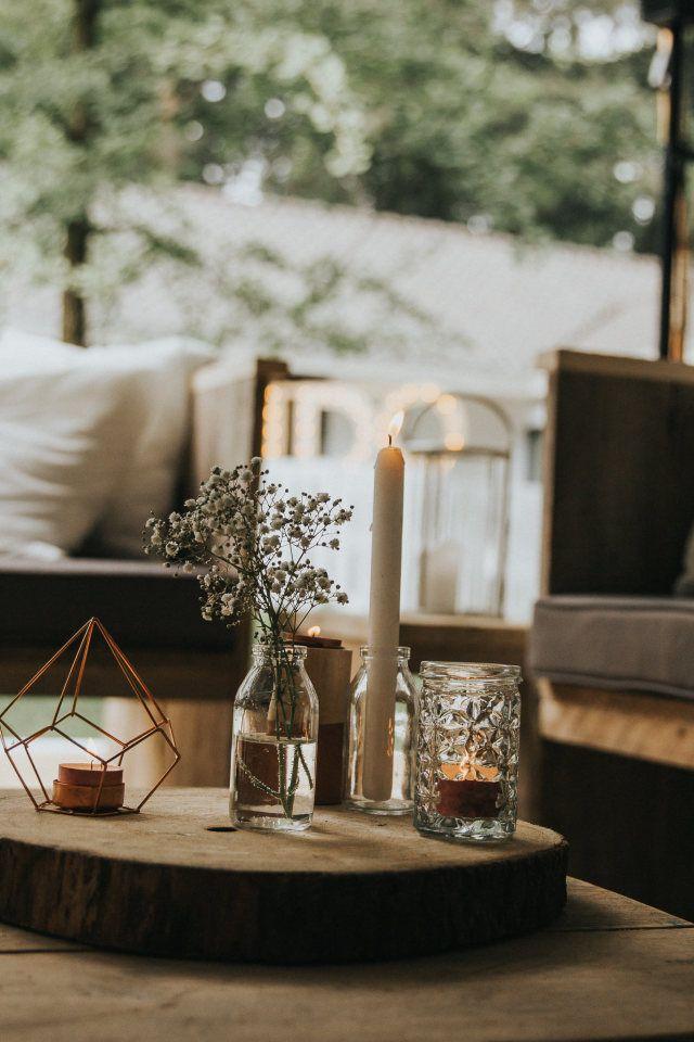 Credit: Marilyn Bartman Photography - meubilair, hout, geen persoon, huis, zitting (meubels), tabel (meubels), ruimte (toegankelijk deel van een gebouw), licht, reizen, raam, architectuur