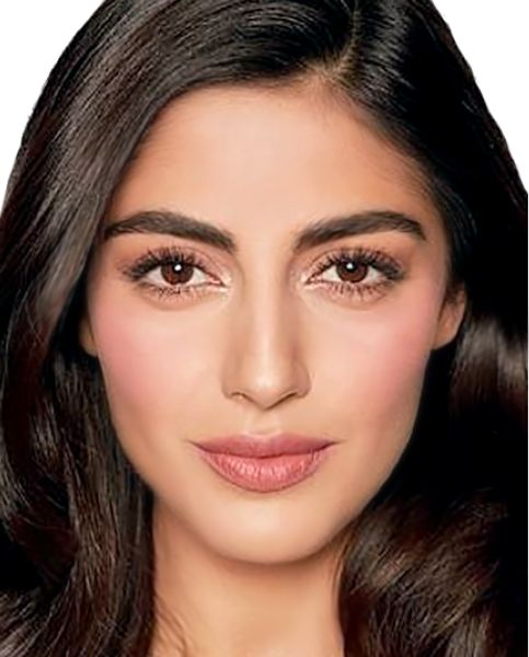 Amal Clooney Wedding Makeup Tutorial by Charlotte Tilbury. Click to view the full step-by-step makeup tutorial for this look at www.CounterCulture.studio