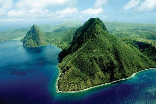The Gros Piton. An easy climb for those in good shape.