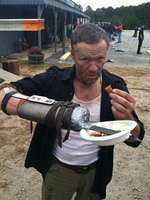 MICHAEL ROOKER - TAKING HIS CHARACTER'S IMPEDIMENT FOR GRANTED. @davisonalice8