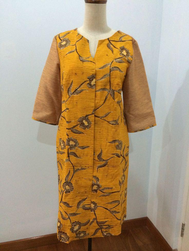 Shirt dress made from batik Madura. Dress is made by Dongengan (Facebook: https://m.facebook.com/dongengan)
