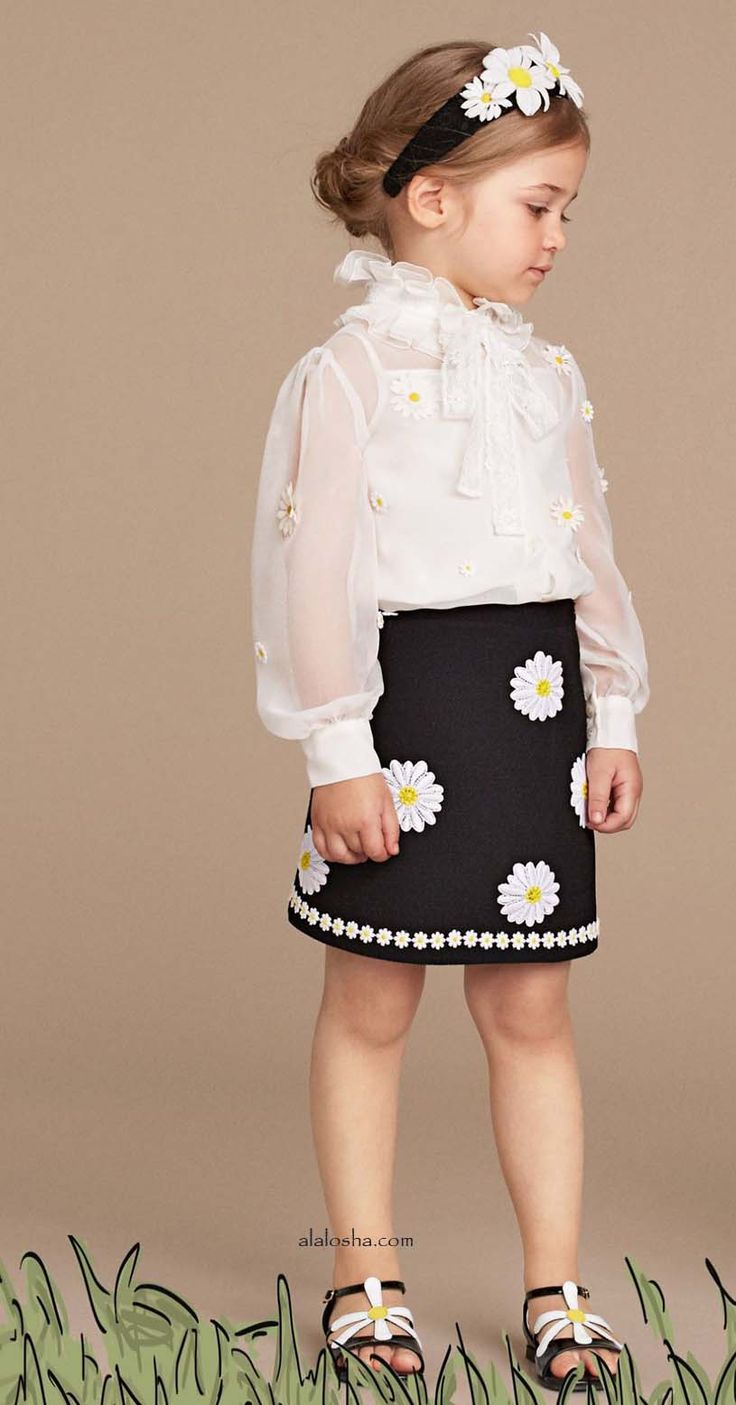 ALALOSHA: VOGUE ENFANTS: Daisy dream the new SS16 from Dolce&Gabbana