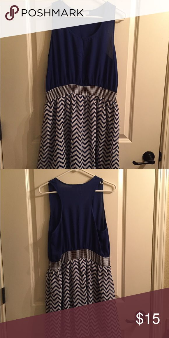 Charming Charlie Blue Chevron Dress I love this dress! Love the navy blue, the chevron, and the striped band color in the middle Charming Charlie Dresses Midi