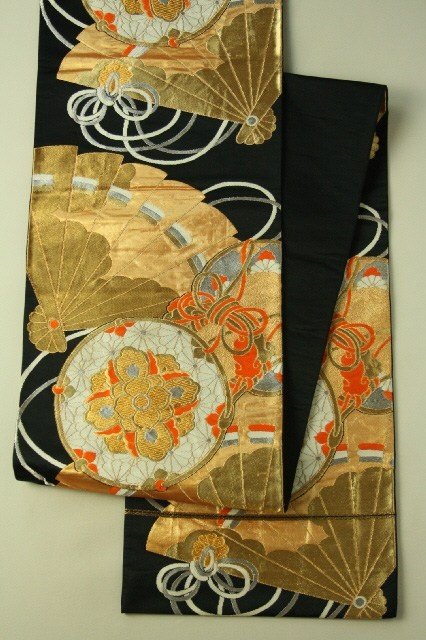 Black Fukuro Obi (Rokutsu), Hinoki Fan Pattern / 黒地 檜扇鼓柄 六通袋帯 #Kimono #Japan…