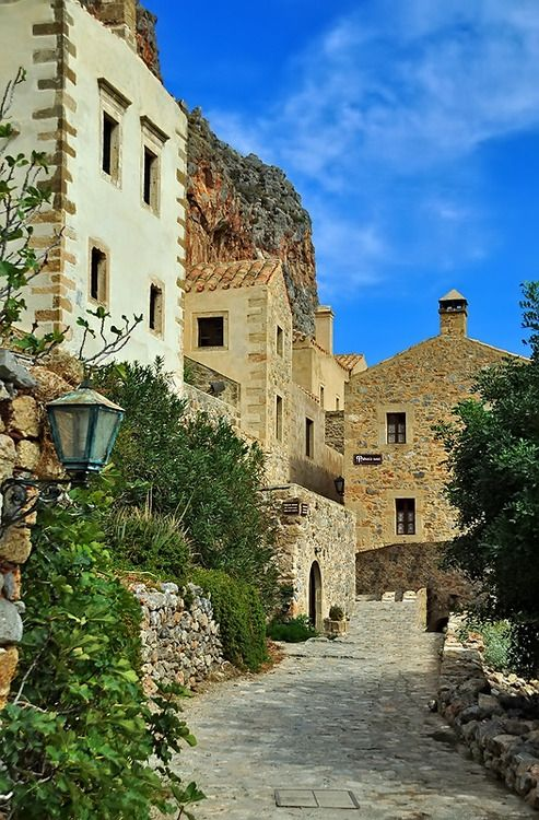 (via Streets Of Monemvasia, a photo from Lakonia, Peloponnesus | TrekEarth)  Monemvasia, Greece