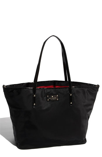 only best 25 ideas about black diaper bag on pinterest stylish diaper bags baby girl. Black Bedroom Furniture Sets. Home Design Ideas