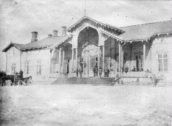 Tampere old railway station, 1895, Finland | Tampereen vanha rautatieasema, kuva otettu 05.05.1895