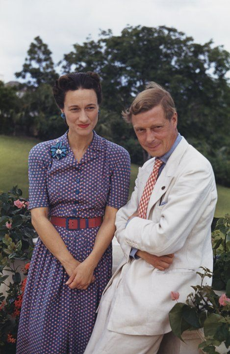Wallis Simpson   Edward VIII, king of the United Kingdom, gave up his throne to marry American double divorcee Wallis Simpson in 1937. While she never became a princess, Simpson did snag the title of Duchess of Windsor.