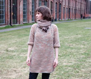 A faboulus dressy sweater in soft and lofty brioche stitch.