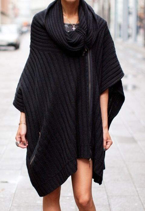 : Diy Fashion, Fashion Style, Capes, Street Style, Over Sweaters, Winter Sweaters, Sweaters Coats, Ponchos, Black