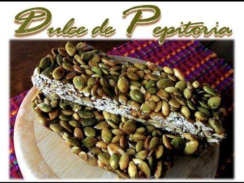 Delicioso dulce típico guatemalteco, hecho a base de pepitoria o semillas de ayote o calabaza (pumpkin seeds), muy tradicional en toda Guatemala.  Esta es una receta casera para quitarnos el antojo, pero si viven en Guatemala aprovechen para comprar todas estas delicias en las tiendas de dulces típicos :O)