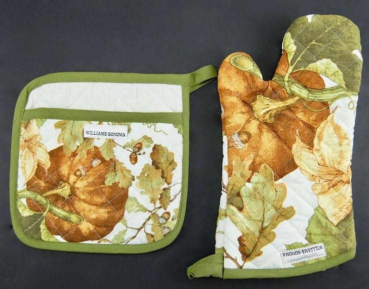 Williams Sonoma Oven Mitt and Potholder Set Autumn Botanical Pumpkins Acorns  #WilliamsSonoma