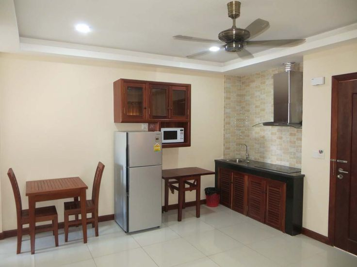 Brand new 1 bedroom apartment for rent in Siem Reap. The apartment comes with 1 bedroom, parking, pool and exercise room. The kitchen hasample storage cabinets as well as a refrigerator, microwave oven, and built in gas stove. A washing machine is also included. The large bright living room has a comfortable sofa and chairs plus flat screen TV.